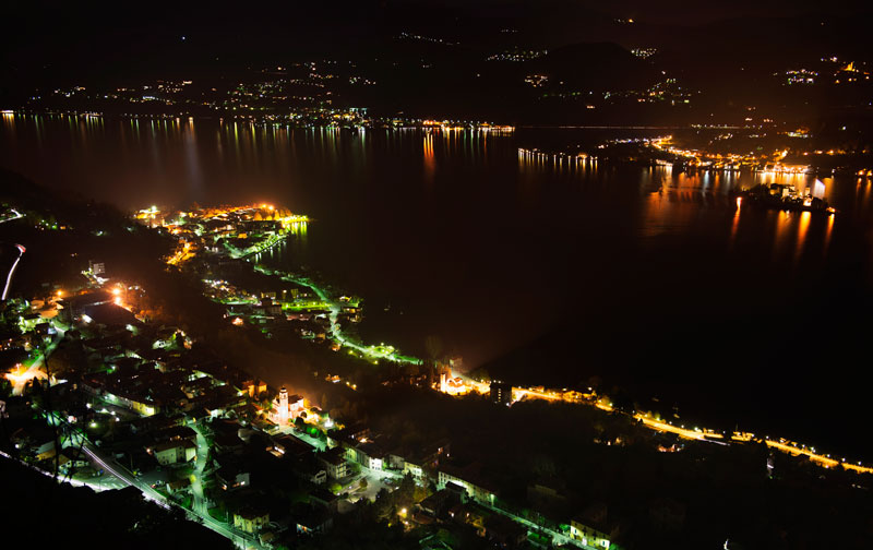 LAKE ORTA by night